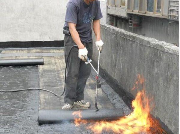 chống thấm sân thượng bằng màng khò nóng