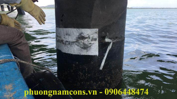 Bọc phủ composite FRP chống ăn mòn cọc cầu cảng